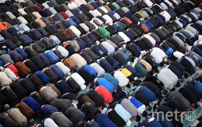 Мусульмане в Москве празднуют Курбан-Байрам. Фото РИА Новости