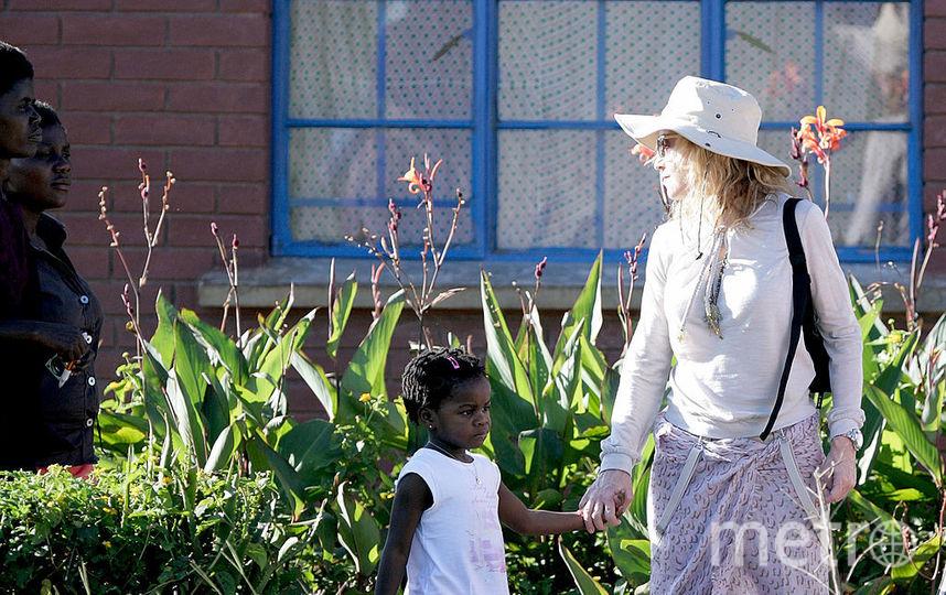 Мадонна с дочерью Мерси Джеймс. Фото Getty