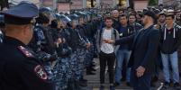 В Москве сотни мусульман вышли на несогласованную акцию протеста