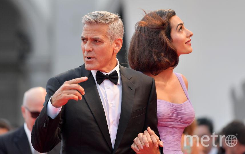 Джордж и Амаль Клуни впервые вышли в свет после рождения детей. Фото AFP