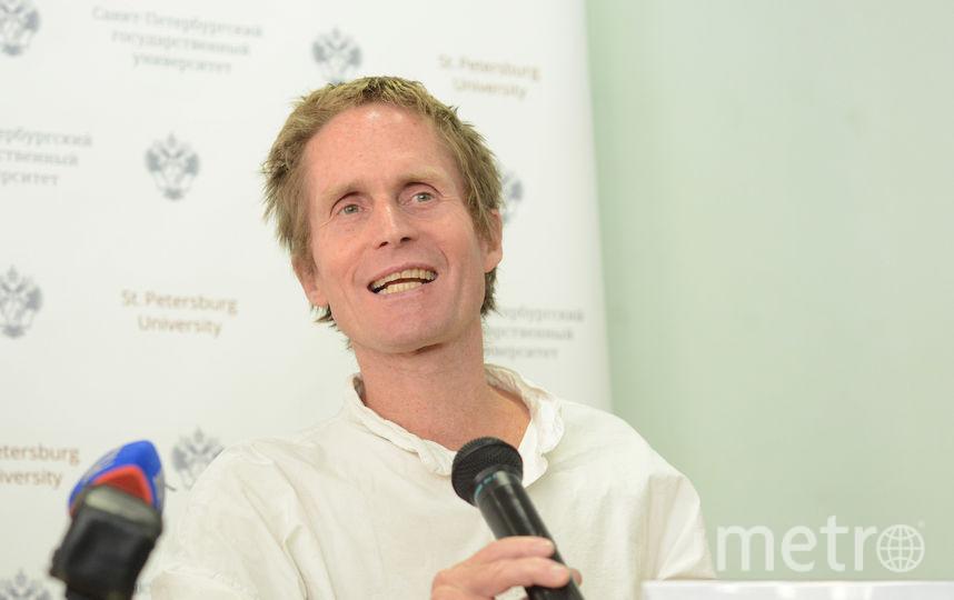 Питер Хёг дал пресс-конференцию в СПБГУ. Фото все - Елена Пальм.