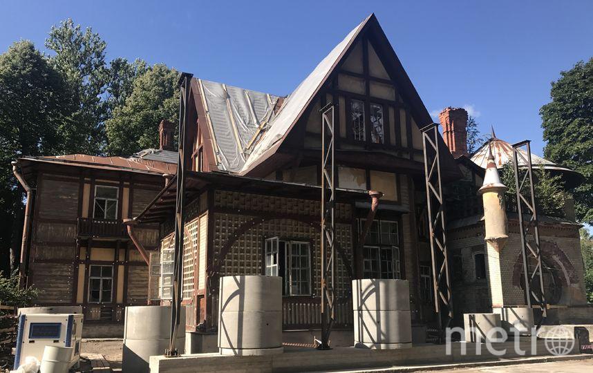НаКаменном острове начали чинить  особняк, где снимали «Шерлока Холмса»