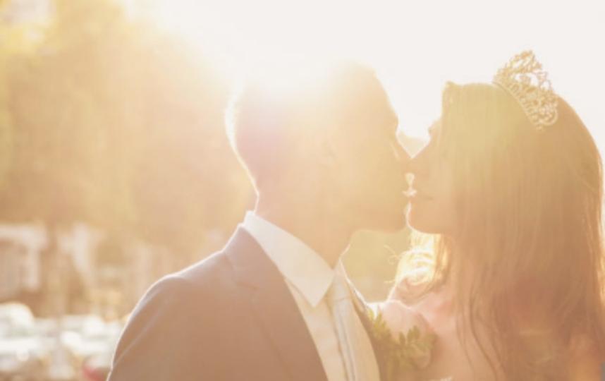 Сайты знакомств: ученые выяснили точные параметры, по которым девушки выбирают пару. Фото Getty