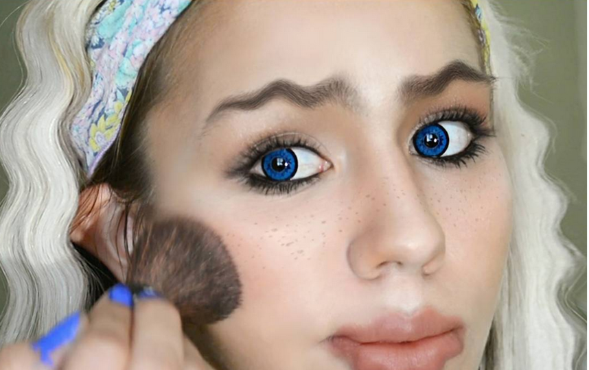По волнам моды: вслед за волнистыми бровями - волнистые губы. Фото Скриншот www.instagram.com/mardeeraquel/