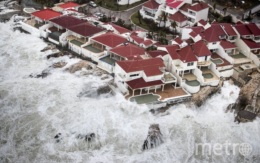 "Ураган ""Ирма"" ударил по Карбискому региону. Фото AFP"