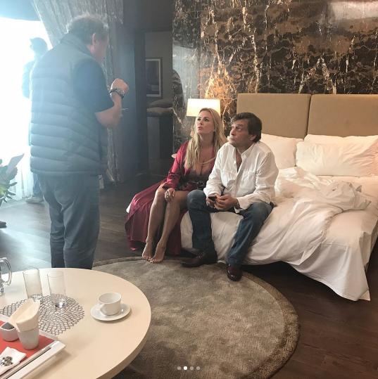 Анна Семенович и Александр Домогаров на съёмках. Фото Instagram Семенович.