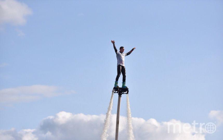 Выступление спортсменов на флайбордах. Фото Василий Кузьмичёнок