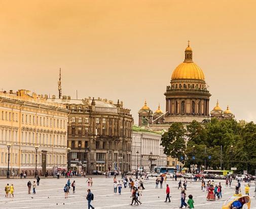"""Ураган """"Ирма"""" сильнее всего ударит по Санкт-Петербург - роман Вильфанд имел ввиду другой Петербург. Фото Getty"""
