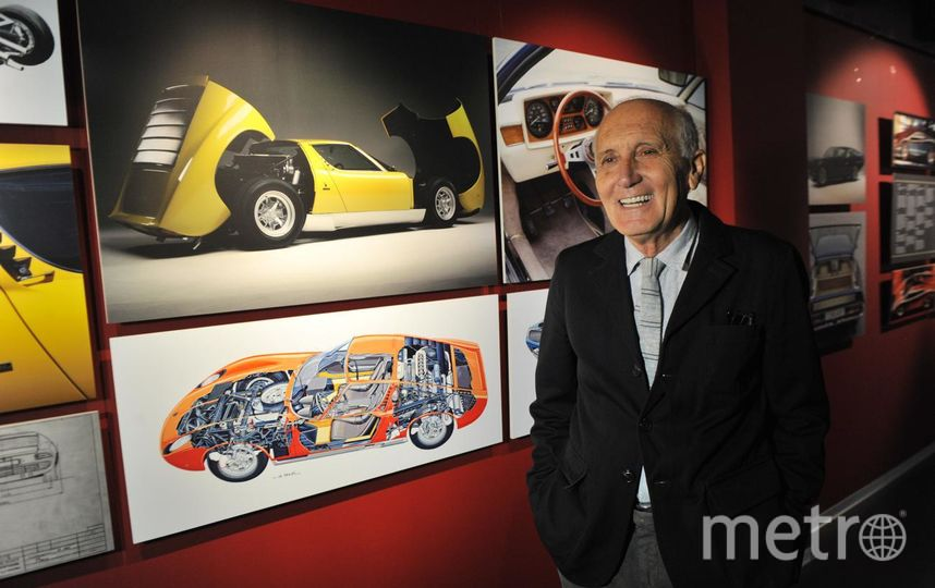 "Антонио Гини, директор Музея Ламборгини в Италии. Фото ""Metro"""
