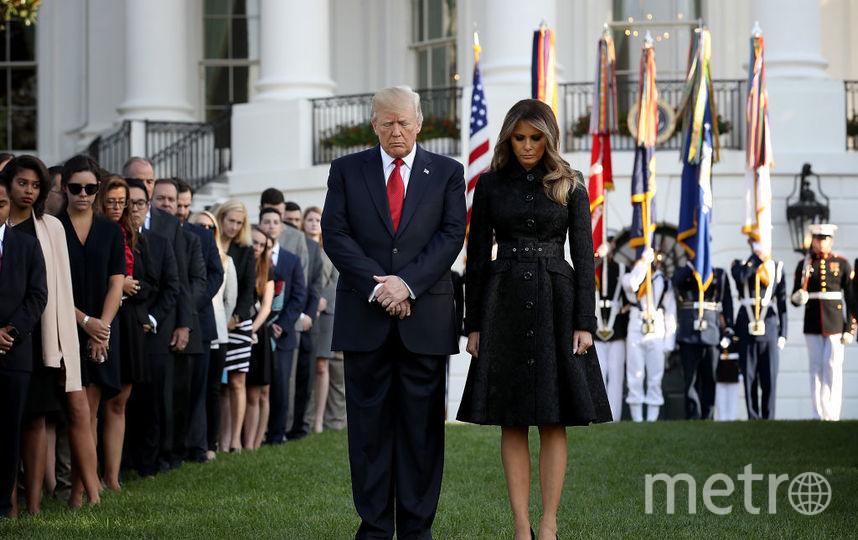 Мелания Трамп вместе с супругом посетила траурную церемонию. Фото Getty