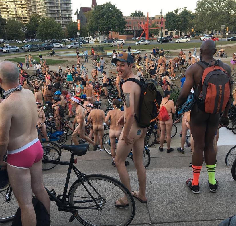Philly Naked Bike Ride - 2017. Фото Скриншот www.instagram.com/radgasm.sadgasm/