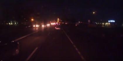 Яркий падающий объект попал на камеры автомобильных видеорегистраторов. Фото Скриншот Youtube