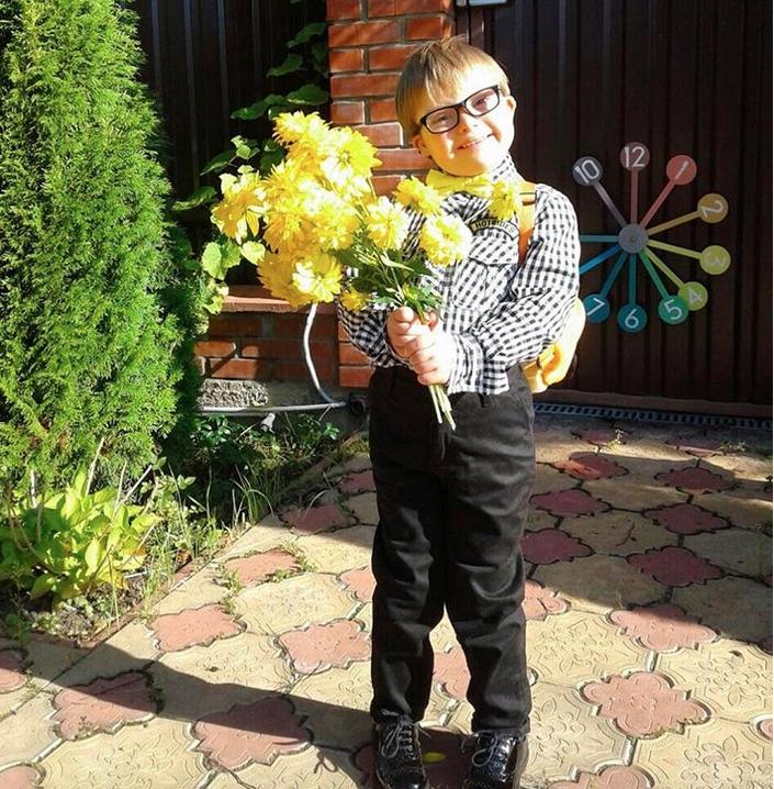 Сын Эвелины Бледанс, Семен.