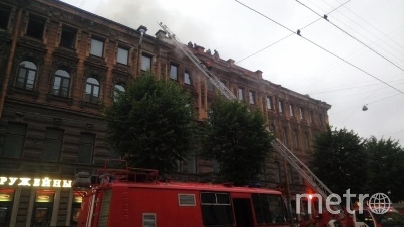 Пожар на Чайковского. Фото МЧС Петербурга.