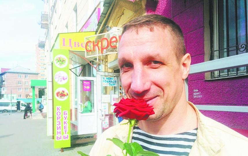 Изначально Михаил пошёл работать коллектором, чтобы лучше понять  человеческую психологию. Фото Татьяна Кондакова.