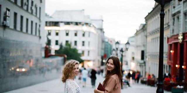 Юлия Абрамова и Марта Агеева.