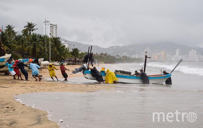 """Мексика готовится к урагану """"Макс"""". Фото AFP"""
