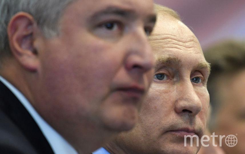 Дмитрий Рогозин рядом с президентом Путиным. Фото Getty
