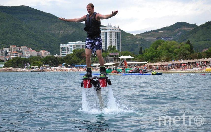 Могу сказать, что этим летом мне удалось побывать на двух курортах! Этим летом открывал для себя новые виды развлечений. Сперва отдыхал в Черногории, в Будве. Помимо самого курорта и колоритных экскурсий, я опробовал Флайборд! Это было непередаваемое ощущение! Фото Алексей Николаевич
