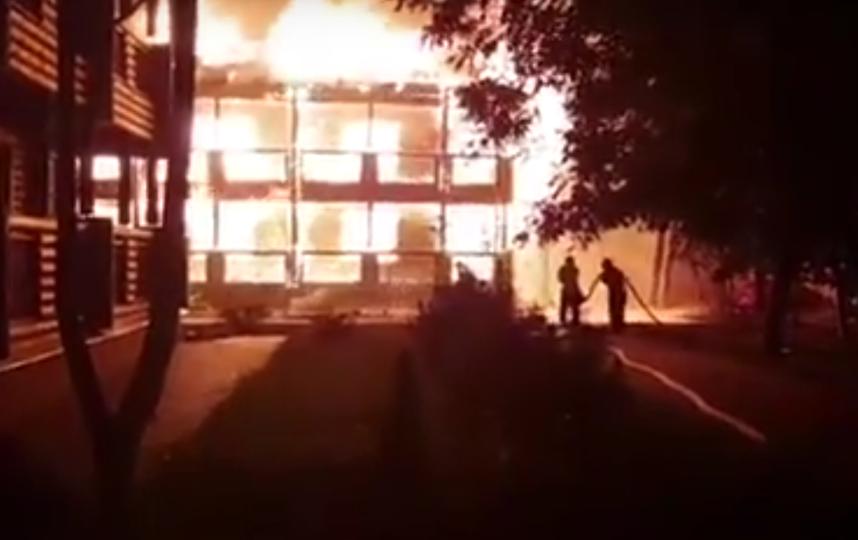 В Одессе горел детский лагерь. Фото Все - скриншот YouTube