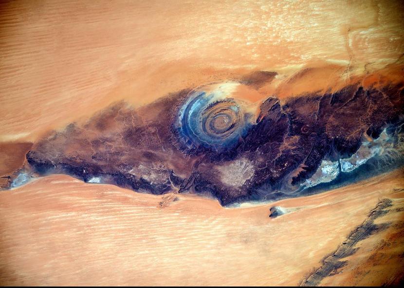 Фото уникального «Глаза Сахары» сделали с борта МКС.