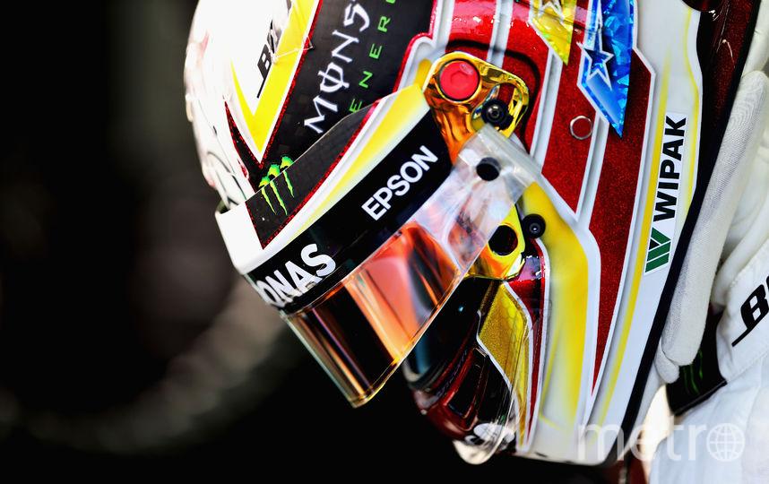 Хэмилтон одержал победу Гран-при Сингапура, 2-ой - Риккардо