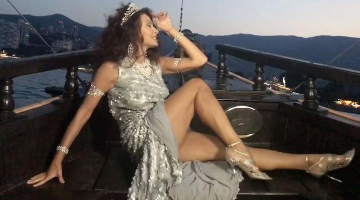 Эвелина Бледанс хочет вернуть исхудавшего мужа. Фото Скриншот Instagram/bledans