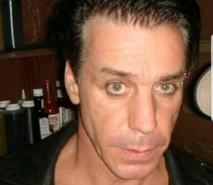 Тилль Линдеманн, лидер группы Rammstein. Фото скриншот www.instagram.com/lindemann_de/