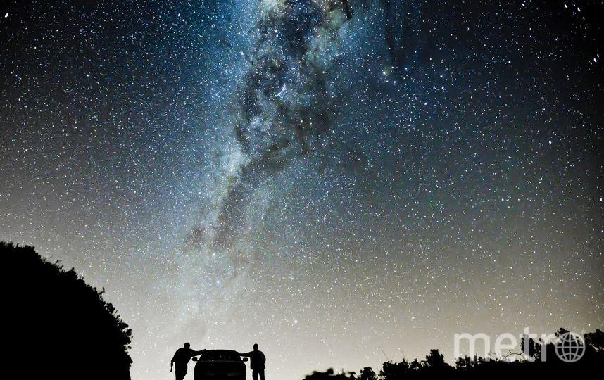 """""""Вокруг вселенной"""".  победитель в категории «путешественники», 2016 год. Фото Рикардо Такамура (Бразилия)"""