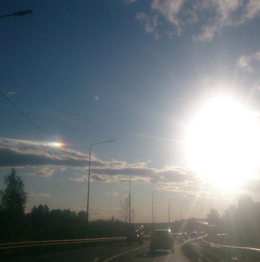 """""""Второе солнце"""" в небе над Тюменью. Фото Instagram/bertramalexandr"""