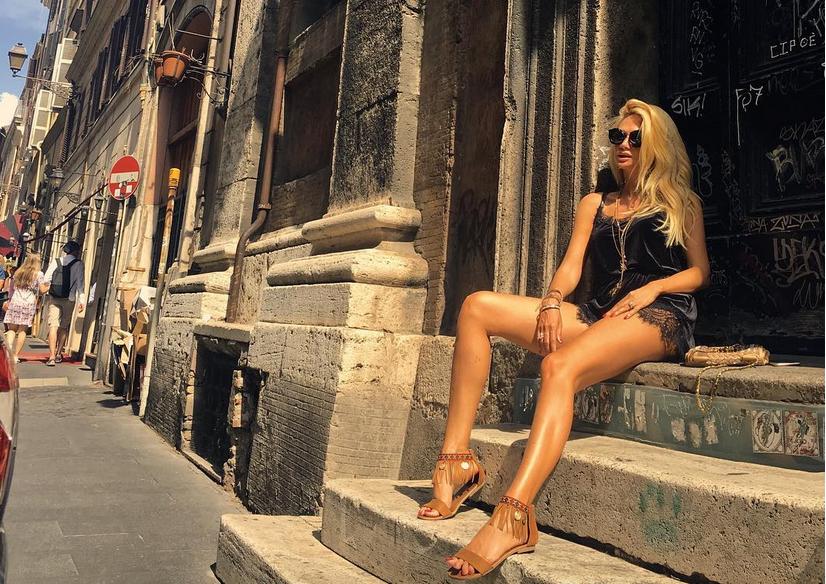 Виктория Лопырева - фотоархив.