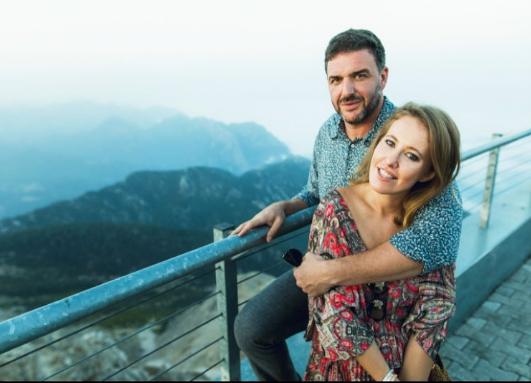 Телеведущая Ксения Собчак с мужем Максимом Виторганом. Фото Instagram Ксении Собчак.