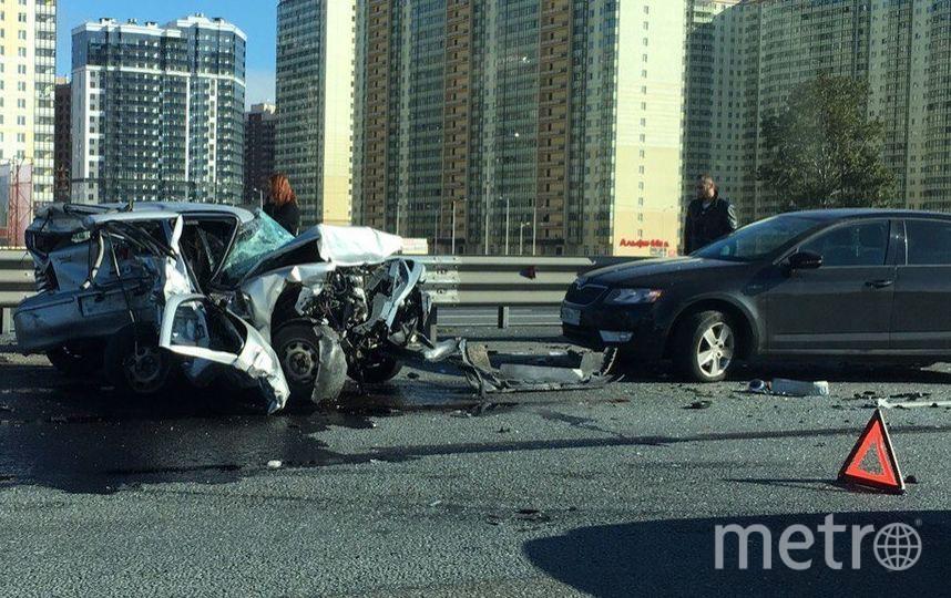 авария на КАД произошла у съезда в Мурино. Фото https://megapolisonline.ru/