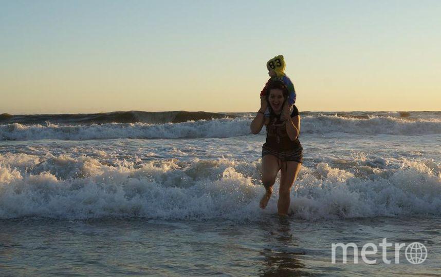 Мы с сыном все таки убежали от волны:)). Фото Афонина Александра.