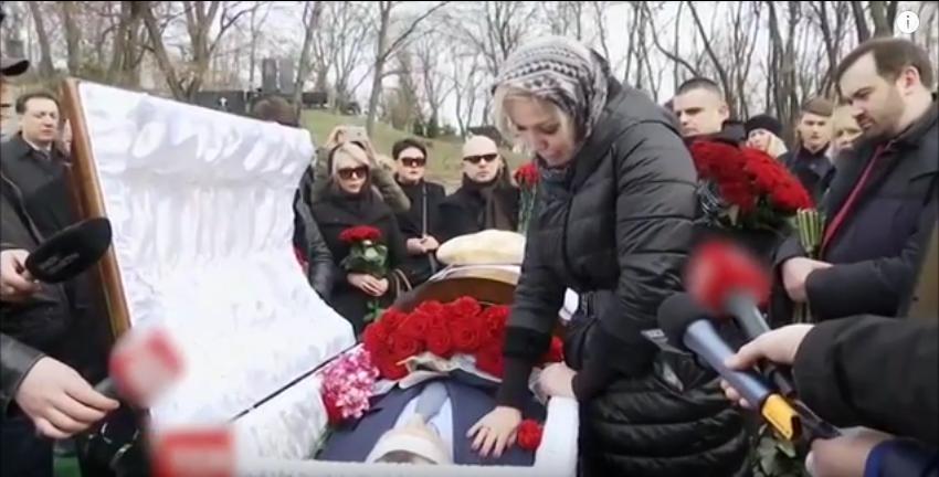 Бывший муж Максаковой сделал ей больно. Фото Скриншот Youtube