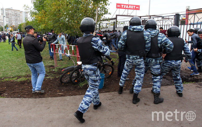 "Возле ТЦ ""Москва"". Фото Василий Кузьмичёнок"