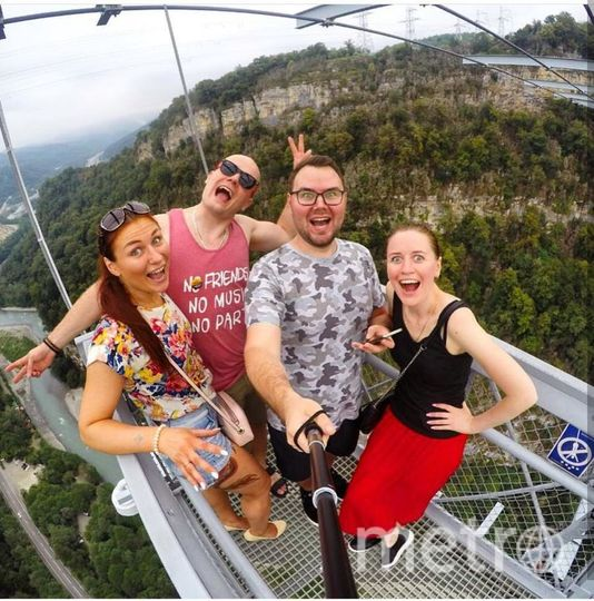 Мы провели шикарный отпуск в Сочи! У нас безумно энергичная и веселая компания. Фото Лидия.