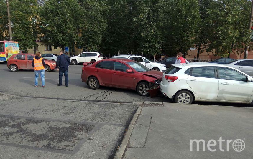ДТП на пр.Науки в Петербурге. Фото vk.com