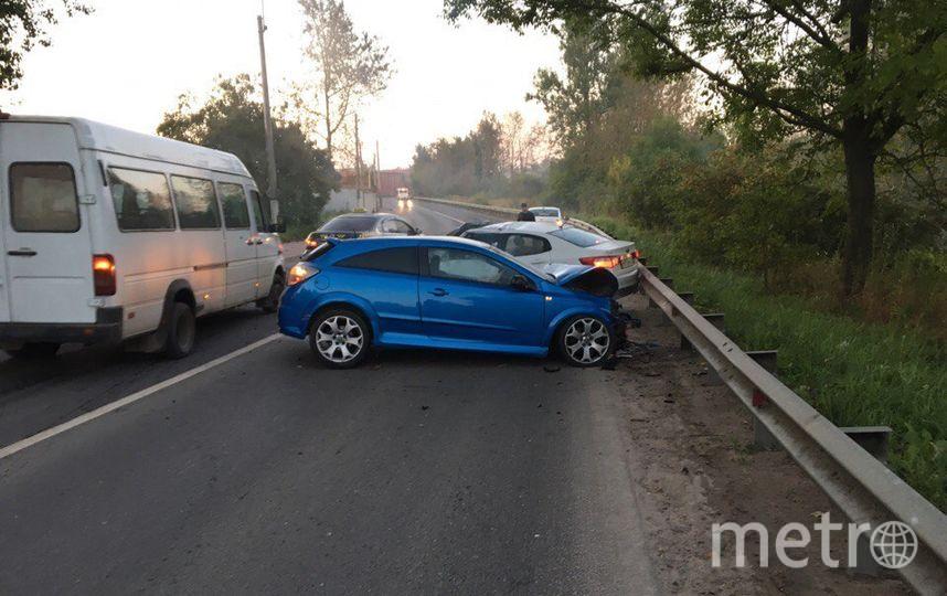 ВКолпино лоб влоб столкнулись две иномарки, оба водителя погибли