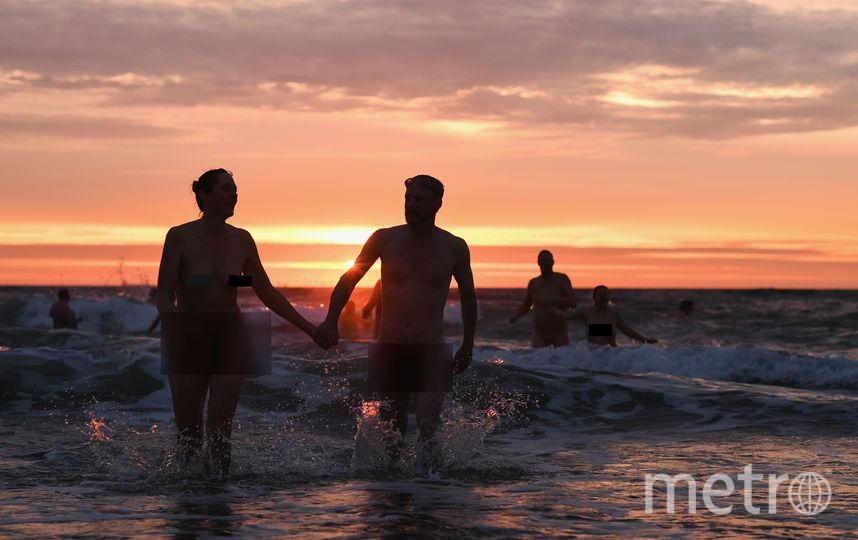 В Северное море окунулись 400 абсолютно голых британцев. Фото Getty