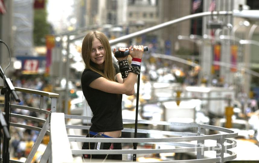 Аврил Лавин 33: Яркие фото певицы. Фото Getty