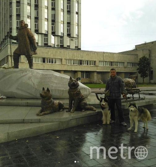 Петербуржцы с удовольствием делают фото у памятника полярникам. Фото https://www.instagram.com/irinapylina/