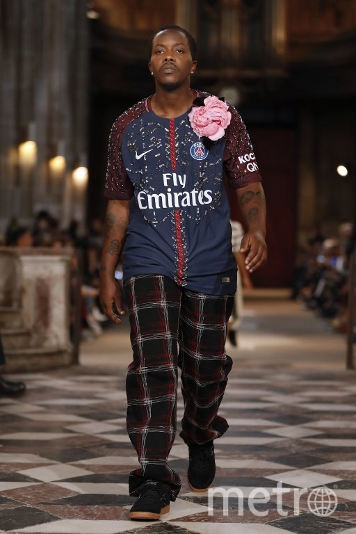 Показ Koche на Наделе моды в Париже. Фото AFP