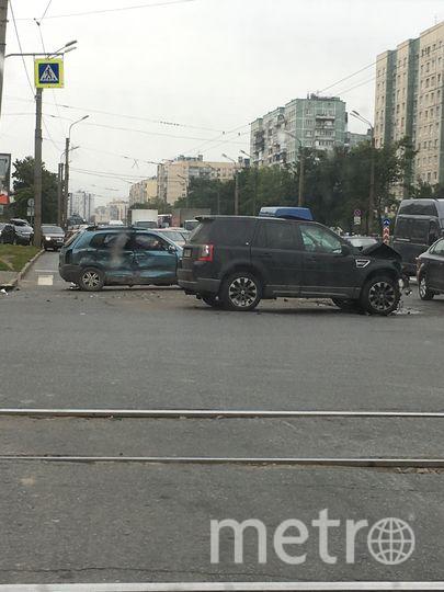 Фото с места ДТП на Ириновском. Фото vk.com