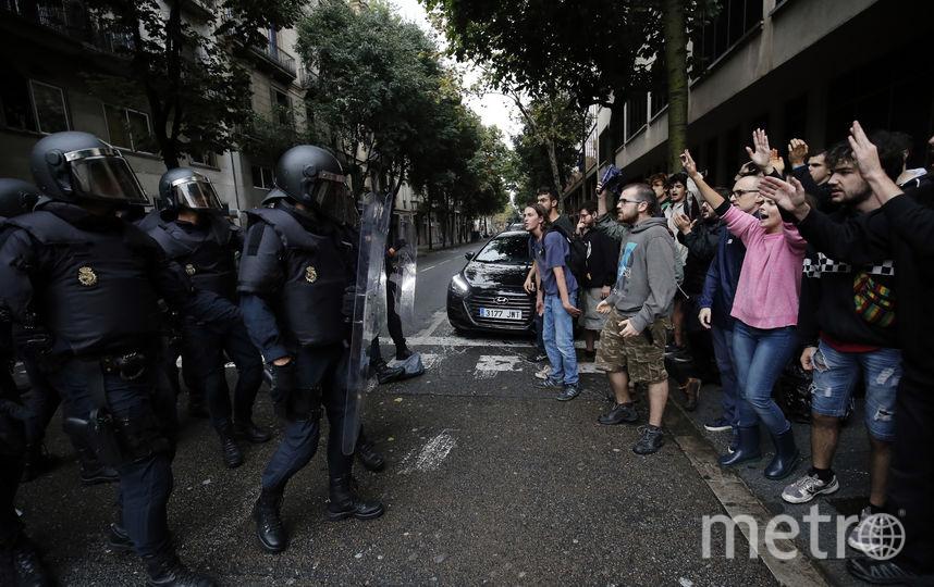На референдуме в Каталонии произошли столкновения с полицией. Фото AFP