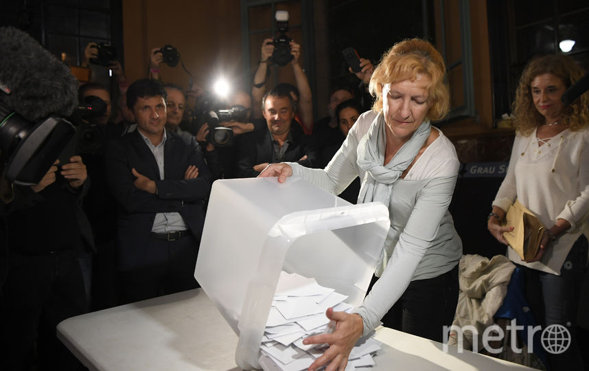 Референдум о независимости Каталонии подошёл к концу, начался подсчёт голосов. Фото AFP