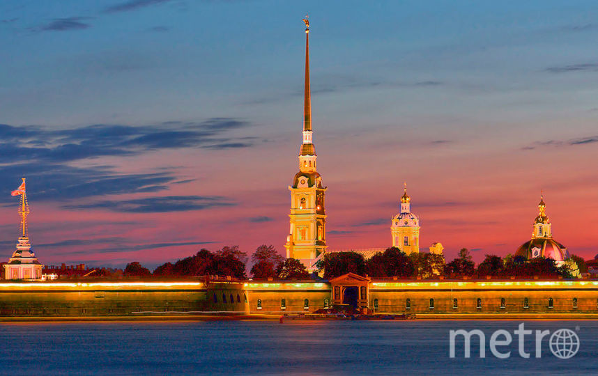 Заплыв стартовал от Петропавловской крепости в 6 утра. Фото Getty
