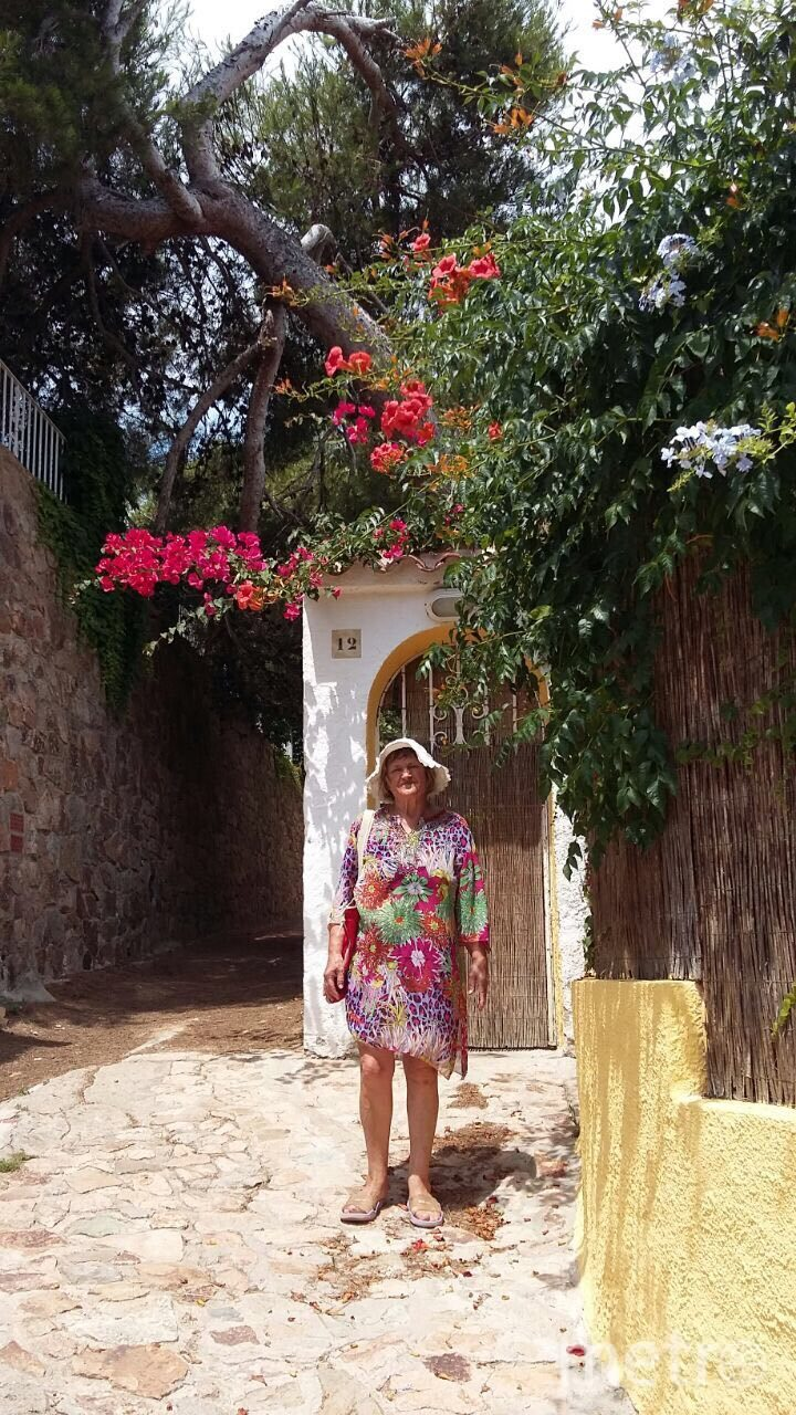 Татьяна Григорьевна в Тосса-де-Мар, Испания. Фото из личного архива