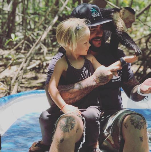 Тимати с дочерью Алисой. Фото Instagram Тимати.