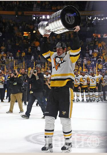 Имя Малкина было чётко написано только после победы в сезоне 2008/09. Фото Getty
